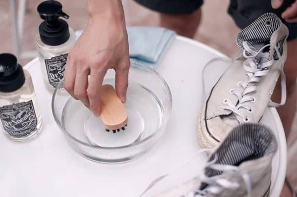 cách bảo quản vệ sinh giày