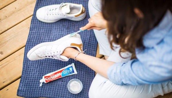 Cách vệ sinh và bảo quản giày