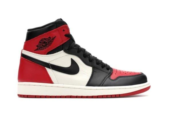 những đôi sneaker nên có