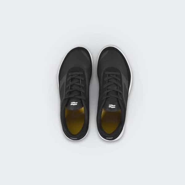 tập gym nên mang giày gì