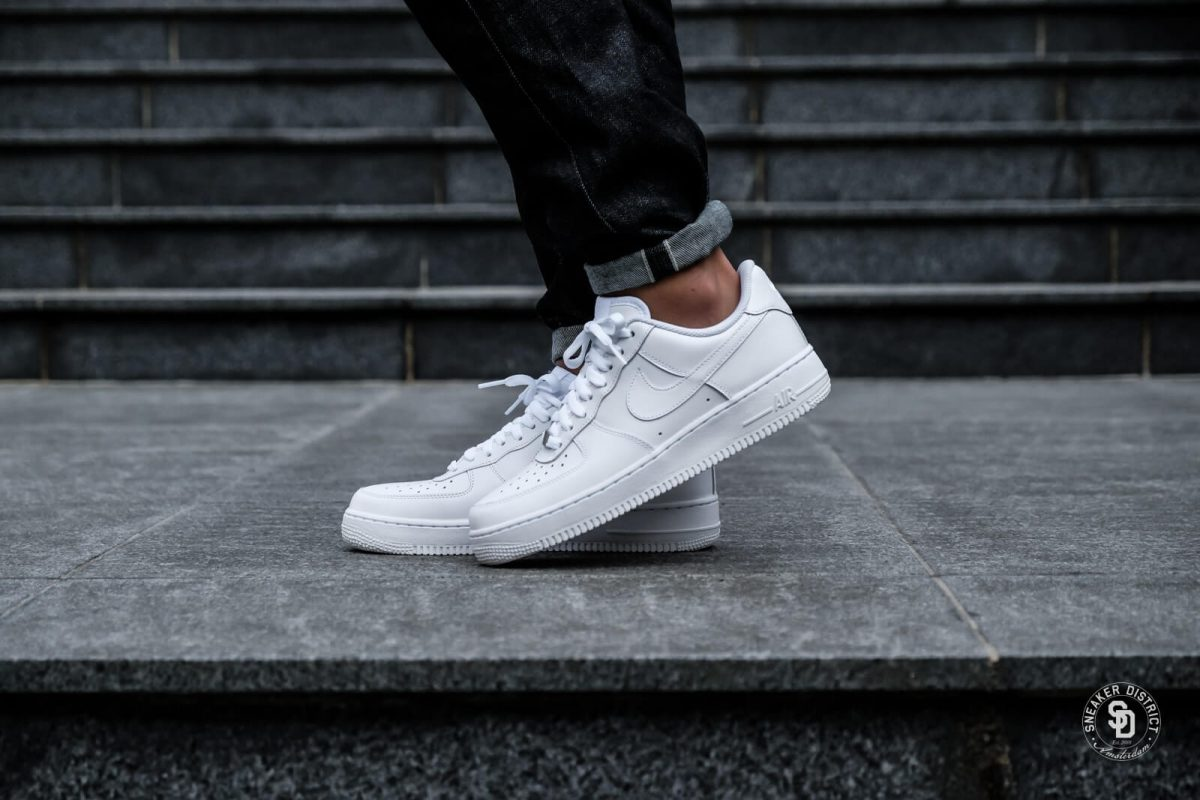 Nike-Air-Force-1-07-White-White-23-1600