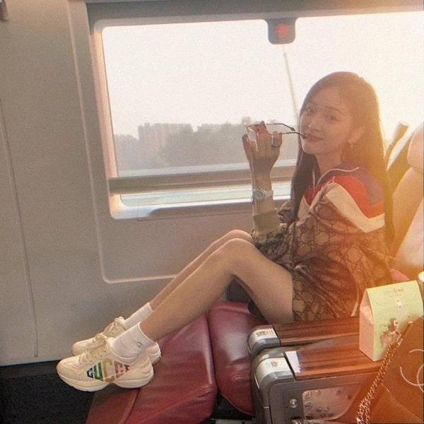 giày nữ hot nhất hiện nay