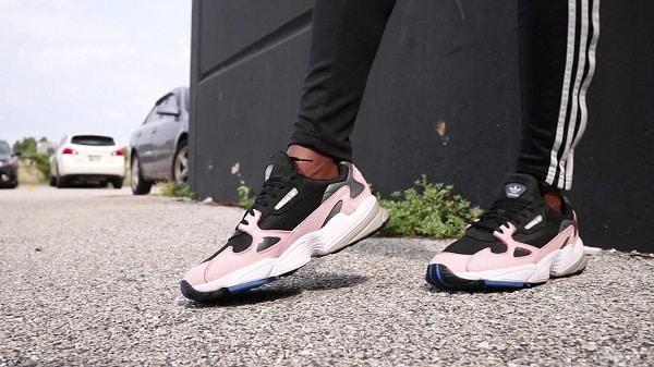mẫu giày hot nhất hiện nay