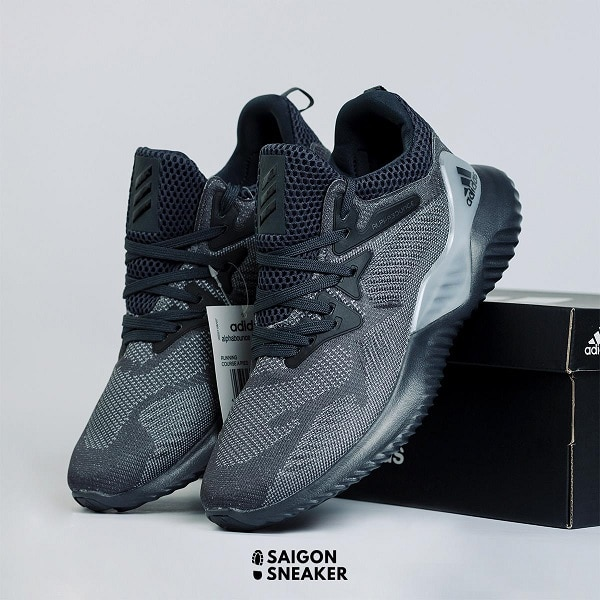 Điểm qua 10 shop bán giày sneaker TPHCM CHẤT | bloghong.com