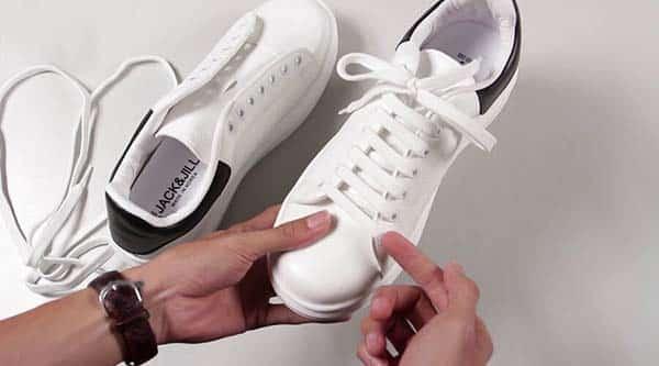 cách buộc dây giày không lộ dây