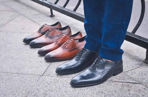 cách giấu nút thắt giày