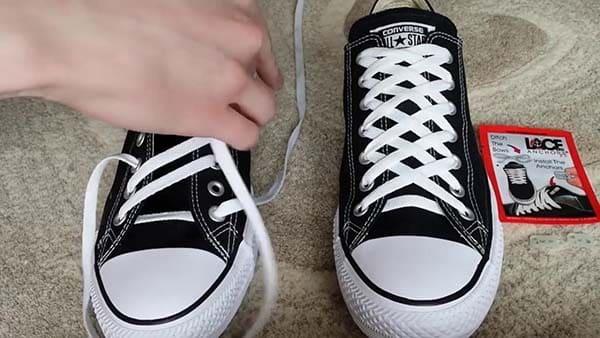 cách thắt giày converse