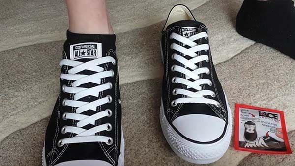cách thắt dây giày converse 2 lớp