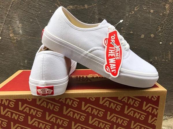 giày vans chính hãng