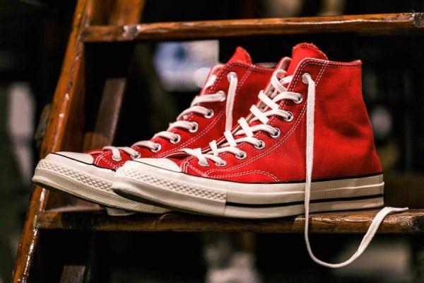 màu giày converse