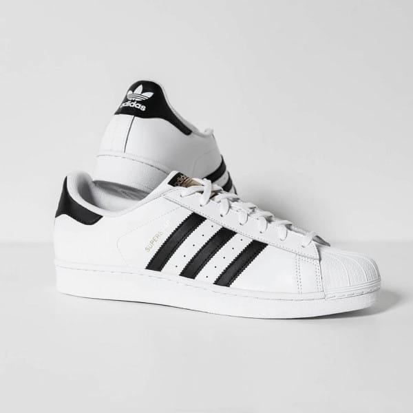 mix đồ với giày thể thao nữ