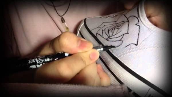 sơn giày