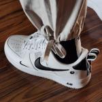 Nike Air Force 1 '07 LV8 Overbranding. Giày Sneaker, Giày Thể Thao Nike Nam Nữ Trắng logo Đen photo review